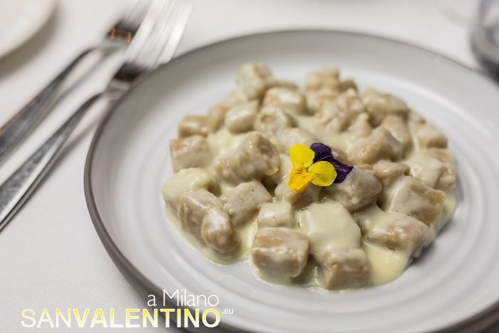 Gnocchi di castagne fatti in casa con crema al Castelmagno